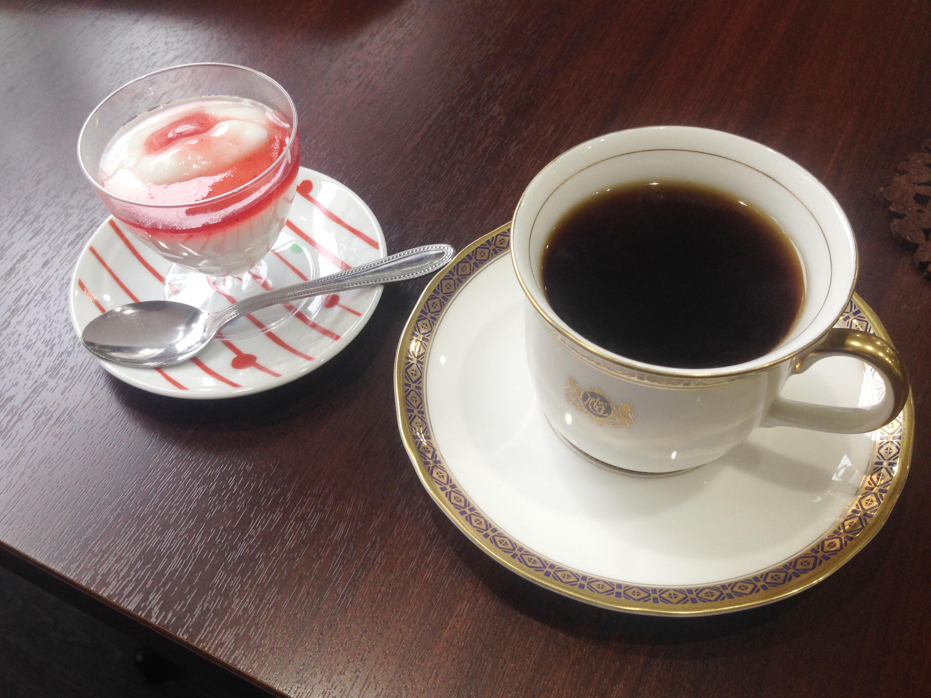 Cafe ALAmiさまコーヒーとデザート